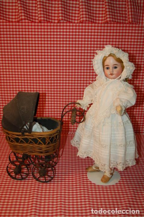 Muñecas Porcelana: muñeca antigua con carro y bebé - Foto 12 - 223785111
