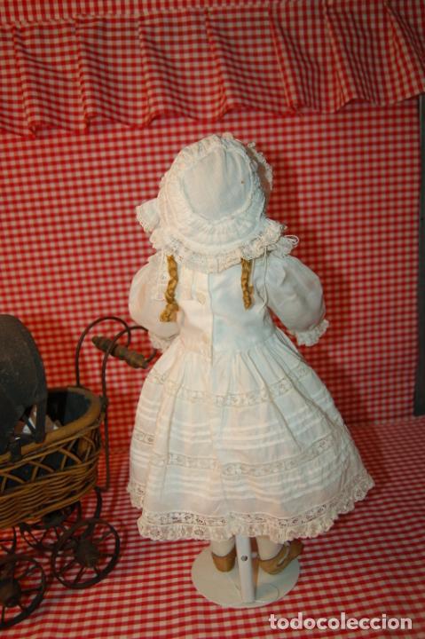 Muñecas Porcelana: muñeca antigua con carro y bebé - Foto 13 - 223785111
