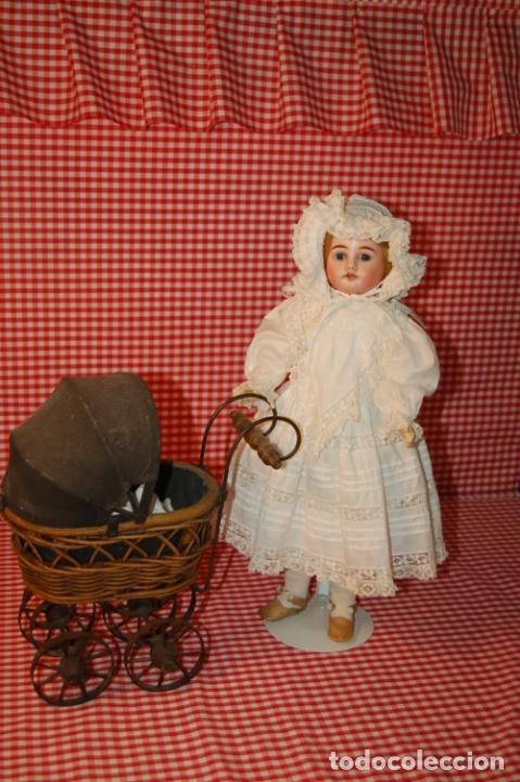 Muñecas Porcelana: muñeca antigua con carro y bebé - Foto 16 - 223785111