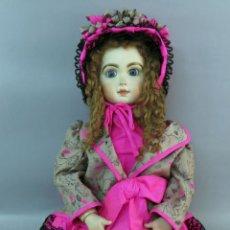 Bonecas Porcelana: MUÑECA ANDADORA CABEZA PORCELANA 1982 SCS S 78 MAME 92 NUCA CUERPO MADERA ARTICULADO 62 CM ALTO. Lote 227030225