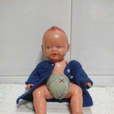 Muñecas Porcelana: MUÑECO PEQUEÑO AÑOS 50. Lote 227987651