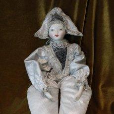 Muñecas Porcelana: GRAN PIERROT, PORCELANA Y TELA, 51 CM. Lote 231656915
