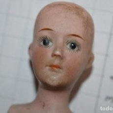 Muñecas Porcelana: ANTIGUA / PEQUEÑA Y PRECIOSA CABEZA DE MUÑECA - DE CERÁMICA / PORCELANA / BISCUIT - ¡MIRA FOTOS!. Lote 235159235