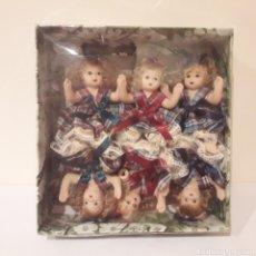 Muñecas Porcelana: CAJA DE MUÑECAS. PORCELANA DOLL. Lote 236443770