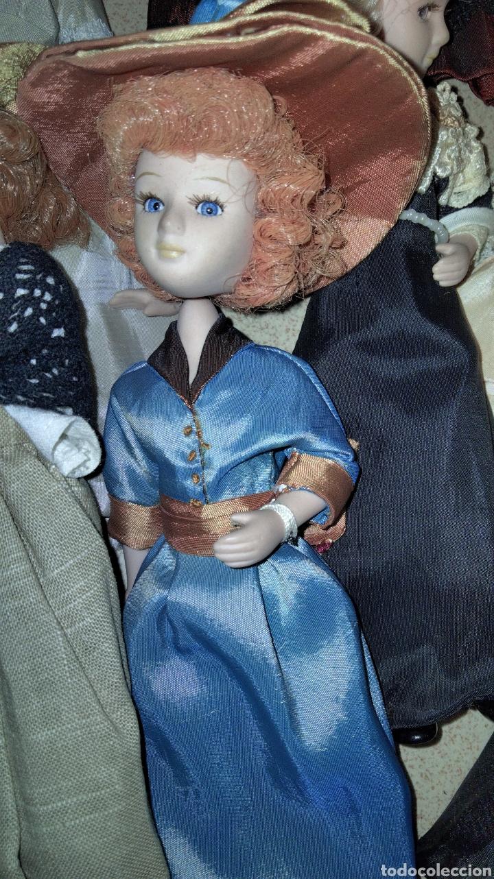 Muñecas Porcelana: PRECIOSAS MUÑEQUITAS DE PORCELANAS CON TRAJES DE EPOCAS - Foto 4 - 236977395