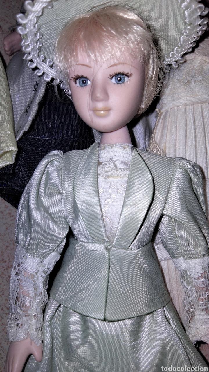 Muñecas Porcelana: PRECIOSAS MUÑEQUITAS DE PORCELANAS CON TRAJES DE EPOCAS - Foto 6 - 236977395