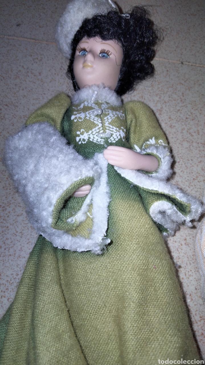 Muñecas Porcelana: PRECIOSAS MUÑEQUITAS DE PORCELANAS CON TRAJES DE EPOCAS - Foto 13 - 236977395