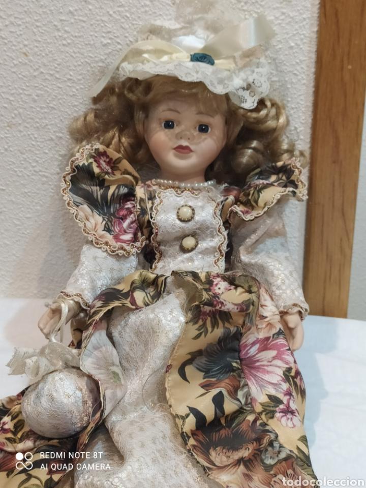 Muñecas Porcelana: Preciosa muñeca de porcelana vestido de época - Foto 4 - 237000725