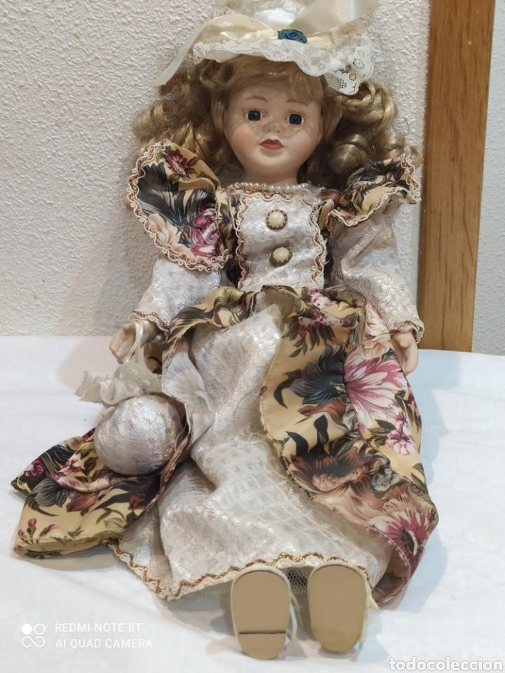 Muñecas Porcelana: Preciosa muñeca de porcelana vestido de época - Foto 5 - 237000725