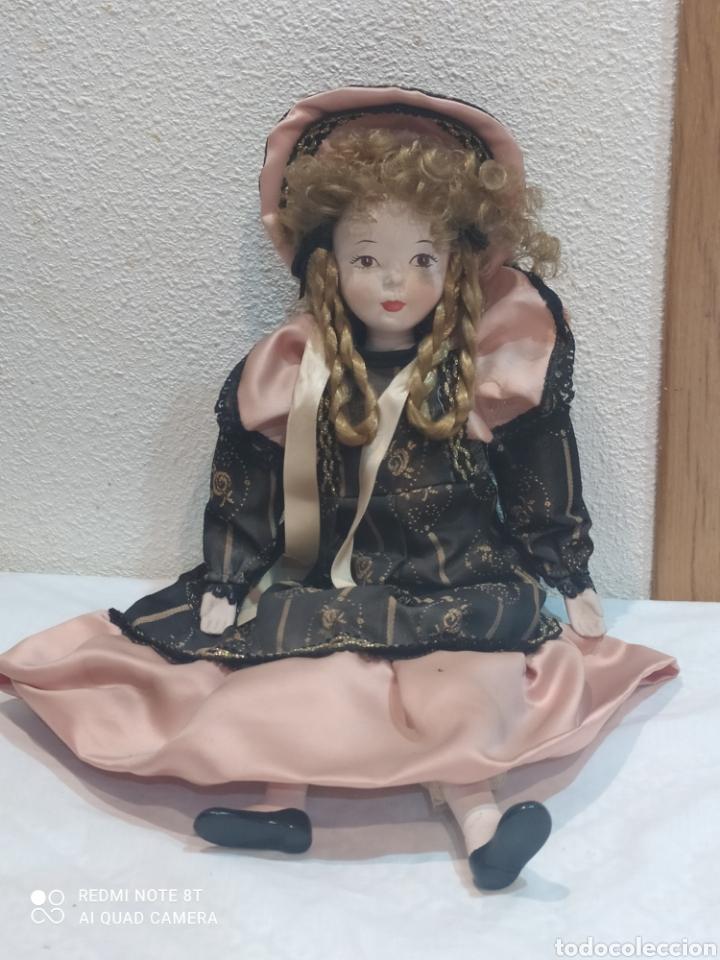Muñecas Porcelana: Bonita muñeca de porcelana con vestido de época - Foto 4 - 237002085