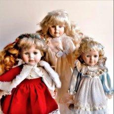 Muñecas Porcelana: TRES MUÑECAS DE PORCELANA VARIAS - 32 A 39.CM ALTO. Lote 237179750