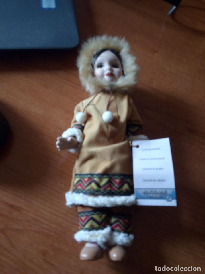 Muñecas Porcelana: MUÑECA ESQUIMAL PORCELANA / MUÑECA INDIA - Foto 2 - 242952745