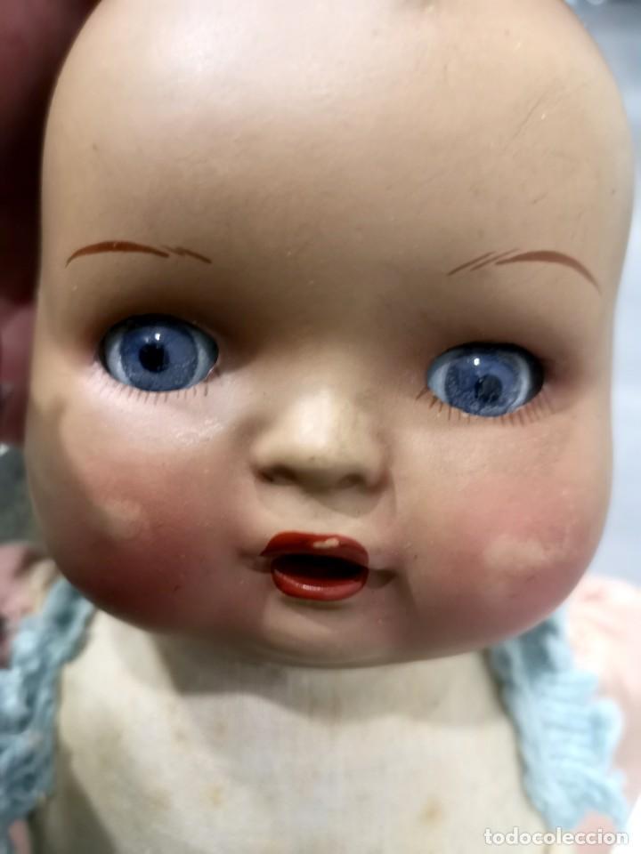 Muñecas Porcelana: Muñeco/a principios siglo XX, abre y cierra ojos de cristal y hace sonido al moverse - Foto 2 - 244412885