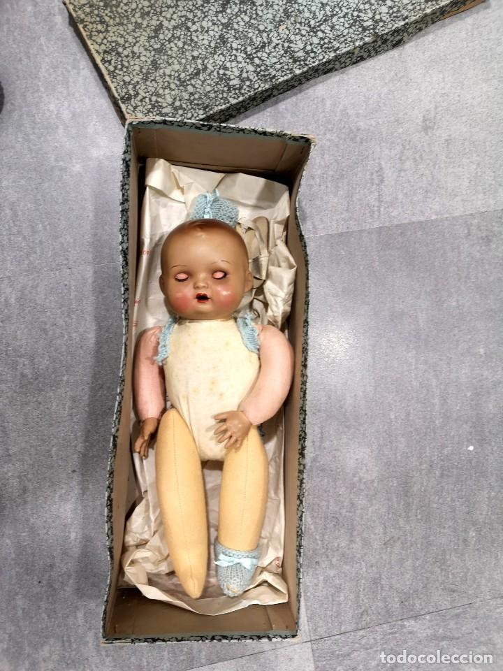 Muñecas Porcelana: Muñeco/a principios siglo XX, abre y cierra ojos de cristal y hace sonido al moverse - Foto 6 - 244412885