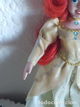 Muñecas Porcelana: ANTIGÜA MUÑECA PORCELANA OJOS PINTADOS VESTIDA DE PRINCESA - Foto 2 - 251043000