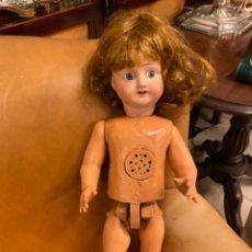 Muñecas Porcelana: PRECIOSA MUÑECA PORCELANA EXTRANJERA. Lote 251841370