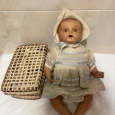 Muñecas Porcelana: RARO Y ANTIGUO BEBÉ Y ACCESORIOS EN PORCELANA. Lote 253572605