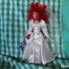 Muñecas Porcelana: MUÑECA PRINCESA DISNEY ARIEL PORCELANA COLECCIÓN. Lote 260342125