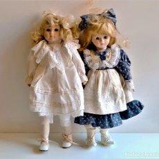 Bonecas Porcelana: DOS MUÑECAS PORCELANA - 41 Y 42.CM ALTO. Lote 267640664
