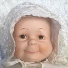 Muñecas Porcelana: MUÑECA BEBE MULTIFACE PORCELANA VINTAGE. Lote 267857234