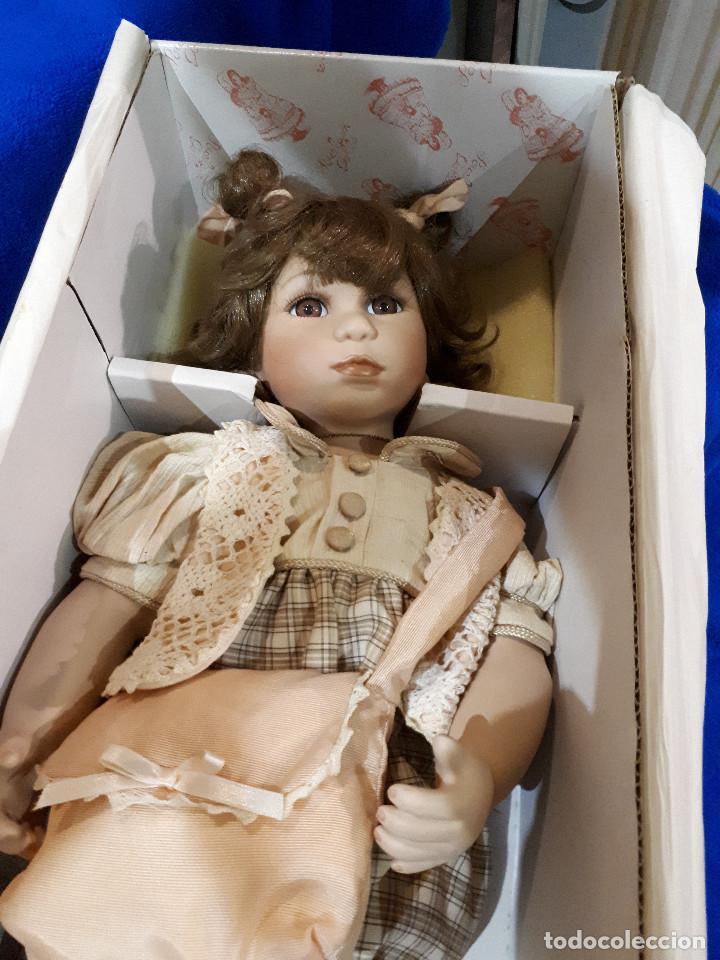 MUÑECA ANTIGUA PORCELANA COLECCION (Juguetes - Muñeca Extranjera Moderna - Porcelana)