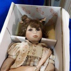 Muñecas Porcelana: MUÑECA ANTIGUA PORCELANA COLECCION. Lote 276369553