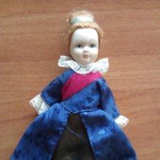 Muñecas Porcelana: MUÑECA PEQUEÑA DE PORCELANA. Lote 285682838