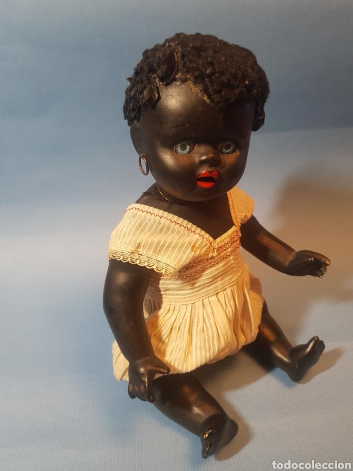 Muñecas Porcelana: Muñeca negra de porcelana , pelo de astracan , Argentina , años 1920,30 - Foto 2 - 193749495