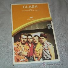 Catálogos de Música: THE CLASH - LIBRO - CANCIONES - ARCANA EDITRICE - CON TRADUCCION AL ITALIANO PUNK ROCK. Lote 39248155