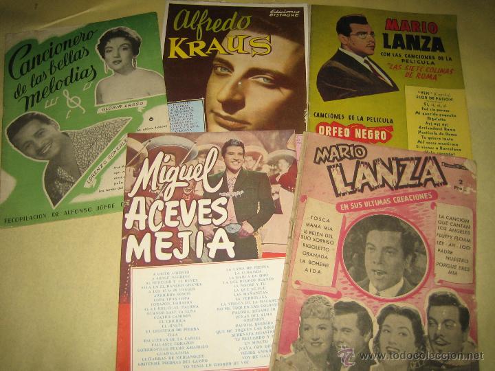 LOTE DE 5 CANCIONEROS - VER FOTO (Música - Catálogos de Música, Libros y Cancioneros)