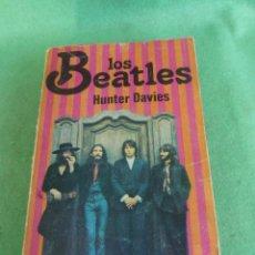 Catálogos de Música: CURIOSO LIBRO LOS BEATLES BIOGRAFIA HUNTER DAVIES PRIMERA EDICION 1977 LUIS DE CARALT EDITOR. Lote 80070821