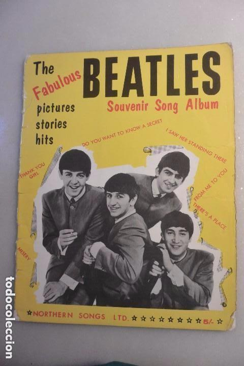 REVISTA THE FABULOUS BEATLES SOUVENIRS SONG ALBUM. LONDRES 1963 (Música - Catálogos de Música, Libros y Cancioneros)
