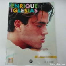 Catálogos de Música: ENRIQUE IGLESIAS - OLGA G MANZANO - POSTER DE REGALO EDITORIAL LA MÁSCARA. Lote 121268495