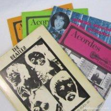 Catálogos de Música: 5 EJEMPLARES DE ACORDES CIFRADOS PARA GUITARRA THE BEATLES. Lote 133046222
