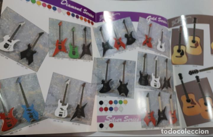 Catálogos de Música: Antiguo catálogo de guitarras eléctricas, bajos y amplificadores B. C. Rich años 80 - Foto 2 - 147696394