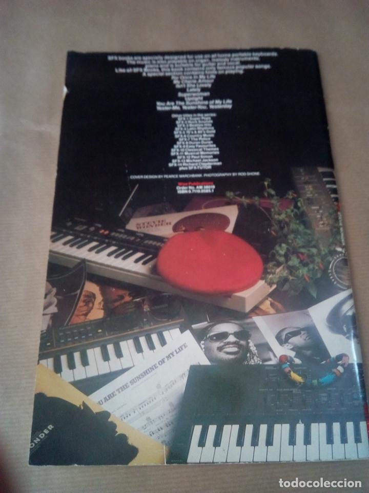 Catálogos de Música: SONGBOOK-SFX-15 STEVIE WONDER-FOR PIANO/ORGANS ,KEYBOARDS GUITAR AND VOCAL-1984-INGLES- - Foto 6 - 170493816