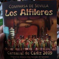 Catálogos de Música: CARNAVAL DE CÁDIZ 2019 LIBRETO DE LA COMPARSA LOS ALFILERES. Lote 190168431