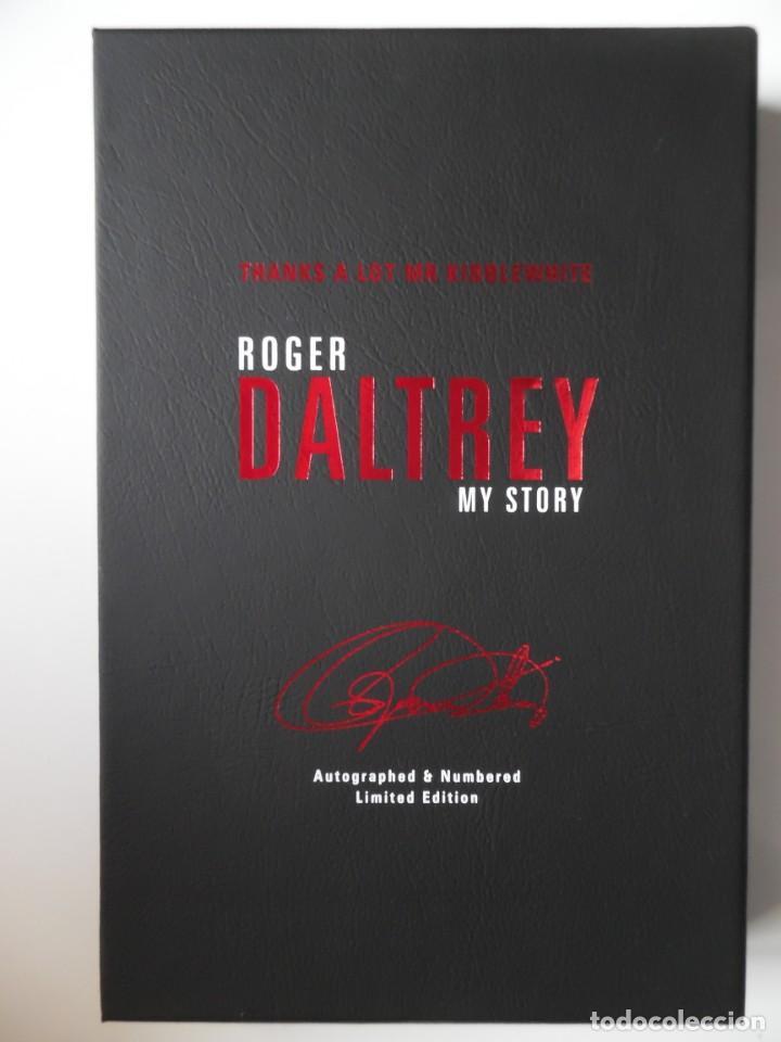Catálogos de Música: Roger Daltrey. Firmado a mano y numerado. Certificado. My Story. Thanks a lot ...En estuche. The Who - Foto 2 - 194100922
