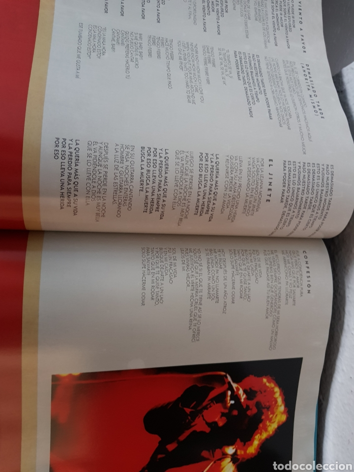 Catálogos de Música: Libro Bunbury. Pequeño 20 aniversario. Tamaño vinilo, tapa dura. (Sólo el libro) - Foto 2 - 234128805