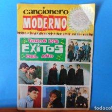 Catálogos de Música: TODOS LOS ÉXITOS DEL AÑO. UNA CHICA YE-YE. ME LO DIJO PÉREZ. LA LUNA Y EL TORO. CANCIONERO MODERNO.. Lote 222301685