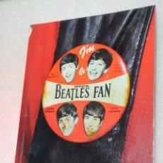 Catálogos de Música: BEATLES FAN. LIBRO EN INGLES. Lote 235035510
