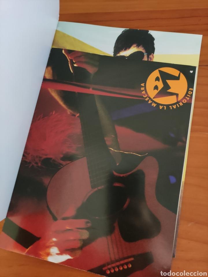 Catálogos de Música: Libro Bunbury. Colección ídolos del pop. Arturo Blay. Incluye el póster - Foto 3 - 242818355