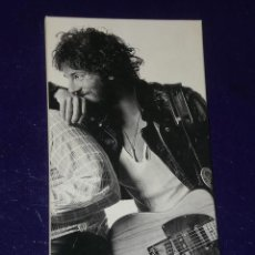 CDs de Música: BRUCE SPRINGSTEEN BORNO TO RUN. 30 ANNIVERSARY EDITION. (ALBUM DE 1 CDS.+ 2 DVD + LIBRO , 2005). Lote 26593573