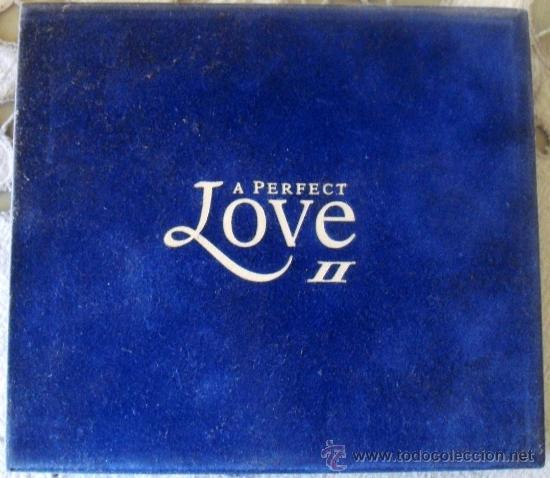 DOS CD'S DE LA MEJOR MUSICA DE AMOR, ALBUM, LOVE 2 CON UN TOTAL DE 40 TEMAS, FUNDA DE TERCIOPELO (Música - CD's Melódica )