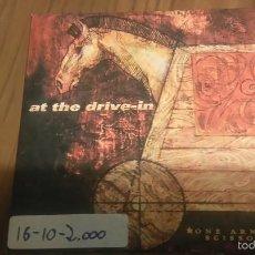 CDs de Música: AT THE DRIVE-IN. ONE ARMED. SCISSOR. CD PROMO EN CARTÓN CON PEGATINA. Lote 55284225