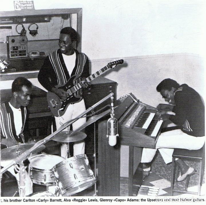 CDs de Música: CD BOB MARLEY & THE WAILERS JUNGLE DUB - Foto 2 - 71096533
