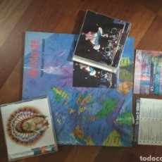 CDs de Música: WORLWIDE TEN YEARS OF WOMAD LIBRO+CD + CD SAMPLER 95+ VOICES OF REAL WORLD CD. Lote 79939497
