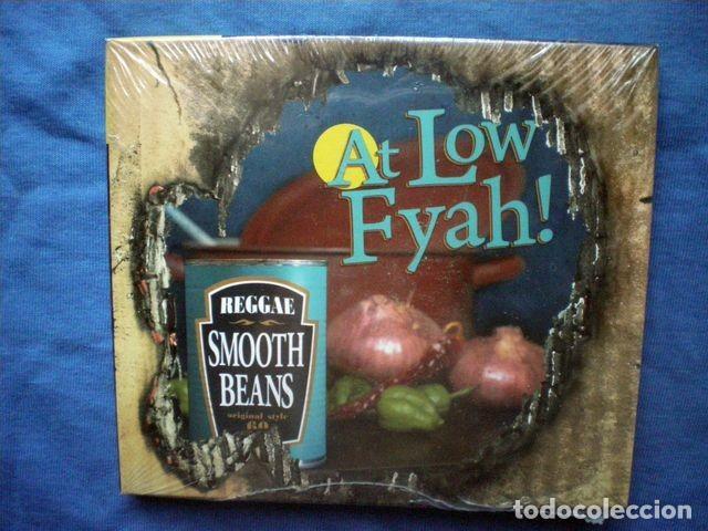 CD SMOOTH BEANS - AT LOW FYAH! - LIQUIDATOR MUSIC 2011 PRECINTADO (Música - CD's Reggae)