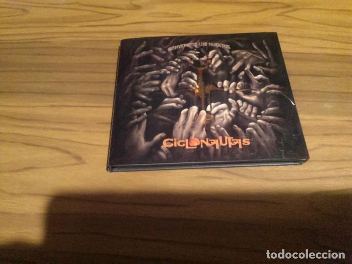 CICLONAUTAS. BIENVENIDOS LOS MUERTOS. CD DIGIPACK CON LIBRETO. BUEN ESTADO. RARO (Música - CD's Rock)