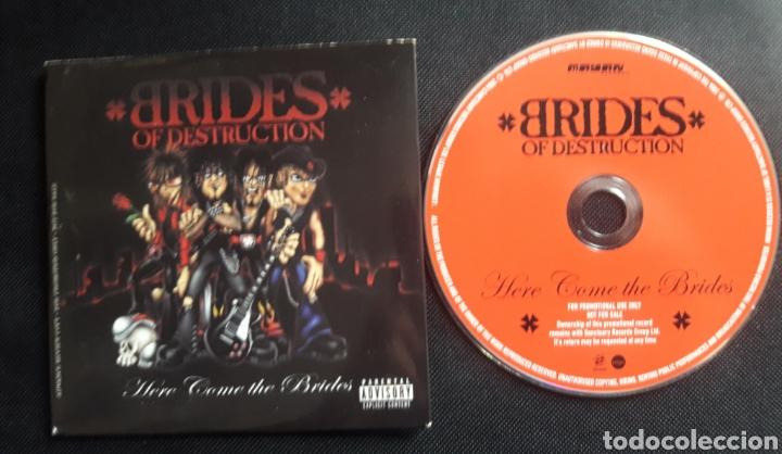 BRIDES OF DESTRUCTION - CD ÁLBUM PROMOCIONAL HERE COMES THE BRIDES (Música - CD's Heavy Metal)